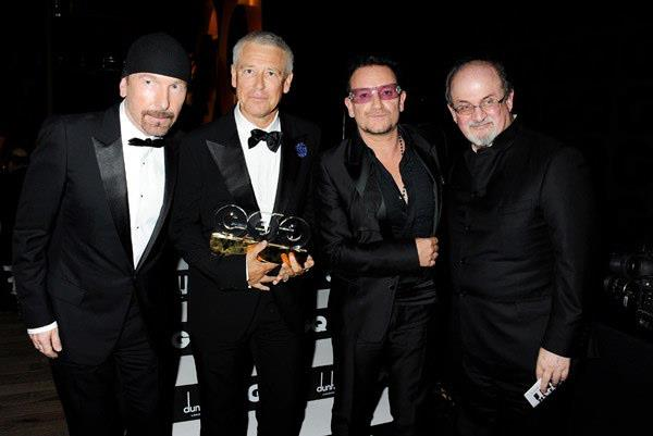 rushdie-with-u2-new-drummer1