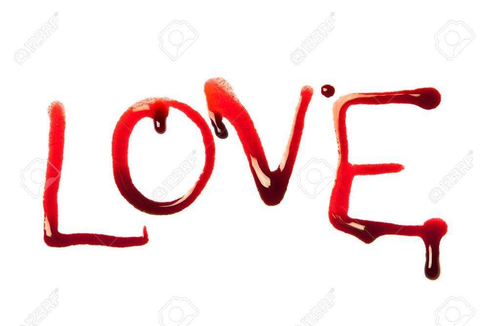6169517-Amor-la-palabra-escrita-con-letras-de-sangre-de-goteo--Foto-de-archivo
